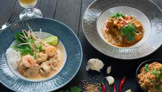 Chicken prawn laska curry